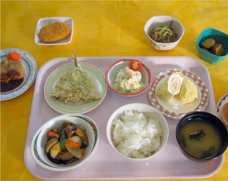 埼玉県県立大学学生食堂の写真